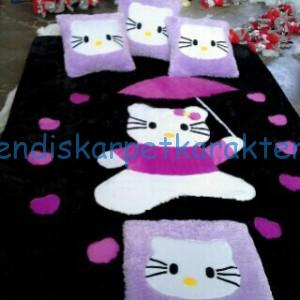 kasur karpet hello kitty warna ungu